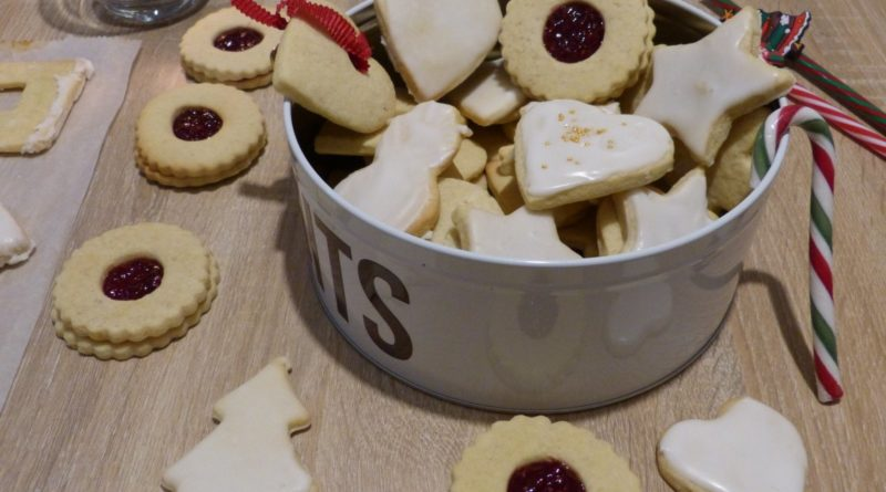 Biscuits sablés de Noël faits maison