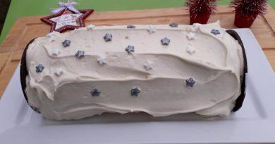 Biscuit roulé ganache chocolat blanc et myrtilles