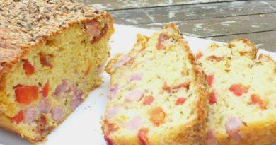 Cake salé jambon, poivrons rouges, tomates séchées