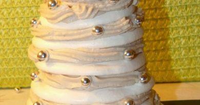 Sapin de Noël meringué, mousse à la crème de marron